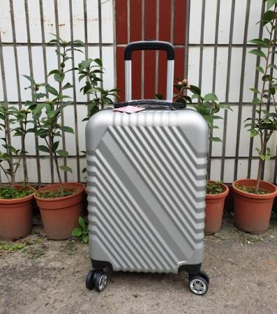 切貨20寸四輪行李箱 鋁合金拉桿 輕量質感佳 全方位旋轉 推動不費力 加大伸縮層 容量再升級