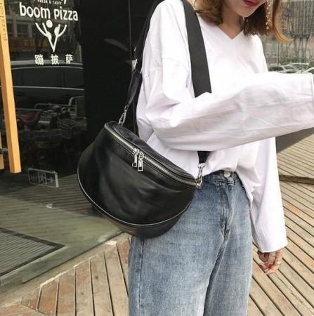 個性單肩包 背包 包包 側背包 手感軟皮革大容量設計 高密度拉鍊 簡約素面造型設計