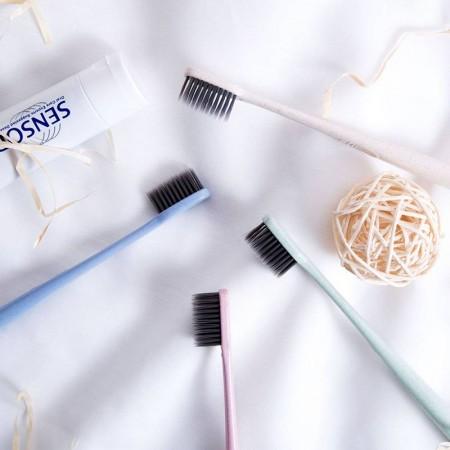 4入成人小麥竹炭牙刷 有效減少牙齦的問題 清潔牙齒及牙齦間隙 超細柔軟刷毛 深入牙縫 小麥手桿設計 好握好刷